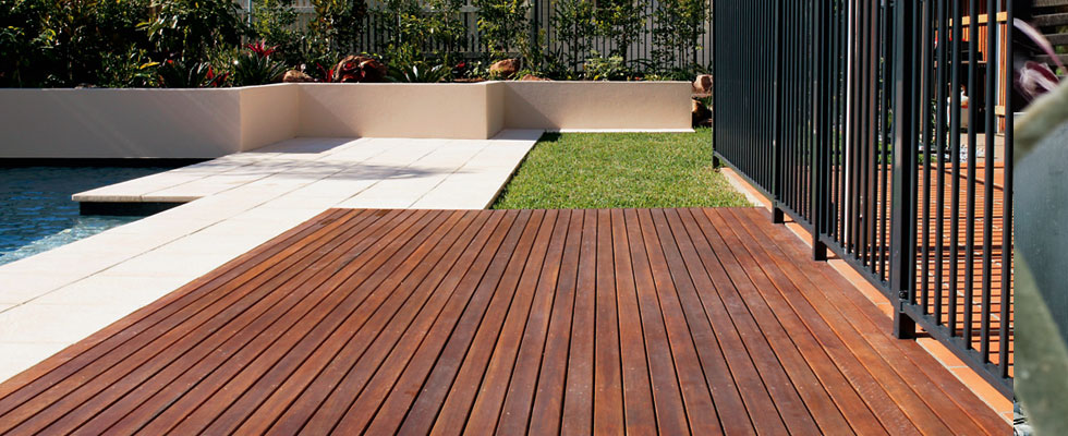 Landscaped yards brisbane images for Garden designs brisbane
